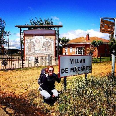 Kassidy Arriving at Villar de Mazarife